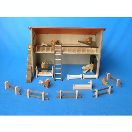 Beck Bauernhof / Stall mit tollem Zubehör, ohne Tiere - Holzspielzeug Profi