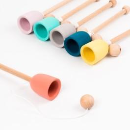 Me&Mine Fangbecherspiel Cup and Ball: Übersicht (Farbe nach Verfügbarkeit) - Holzspielzeug Profi