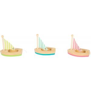 Kleine Segelboote im 3er Set - Holzspielzeug Profi